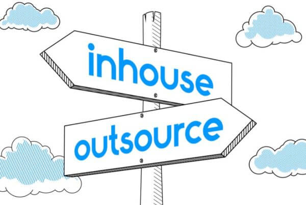 Blog, Outsourcing VS In House